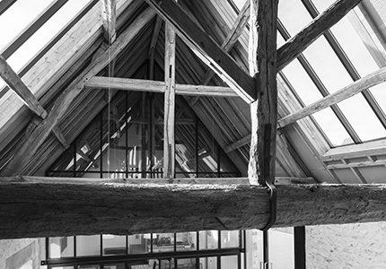 SAINT ILLIERS LA VILLE – Réaménagement de la longère communale et de la place communale commerce, logement, restaurant, école élémentaire